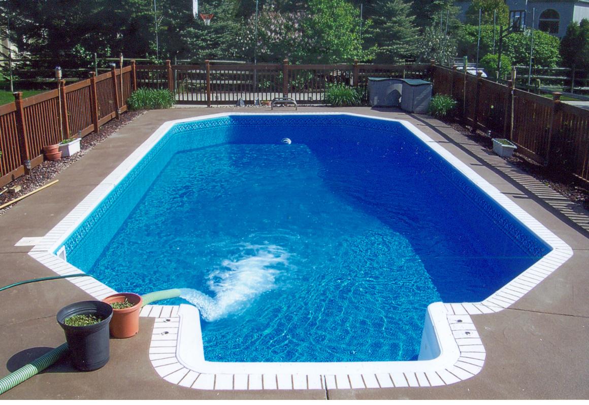 Pool   Spas Maintenanc...